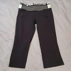 Lululemon Gather and Crow Black Crop Yoga Pants 10